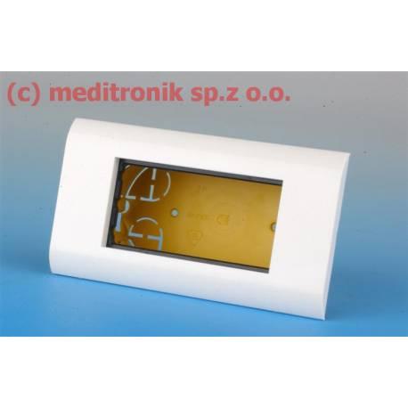 Puszka podtynkowa na cztery adaptery mosaic 45x22,5 mm