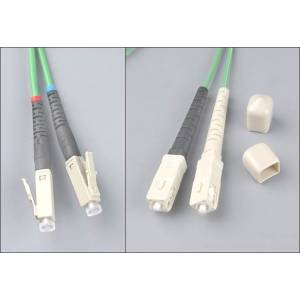 Patchcord światłowodowy LC-SC 62,5/125 MM duplex 15m PL